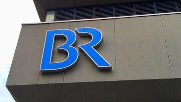 BR Logo auf Beton